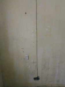 Подрозетни в бетоне и канал штроборезом